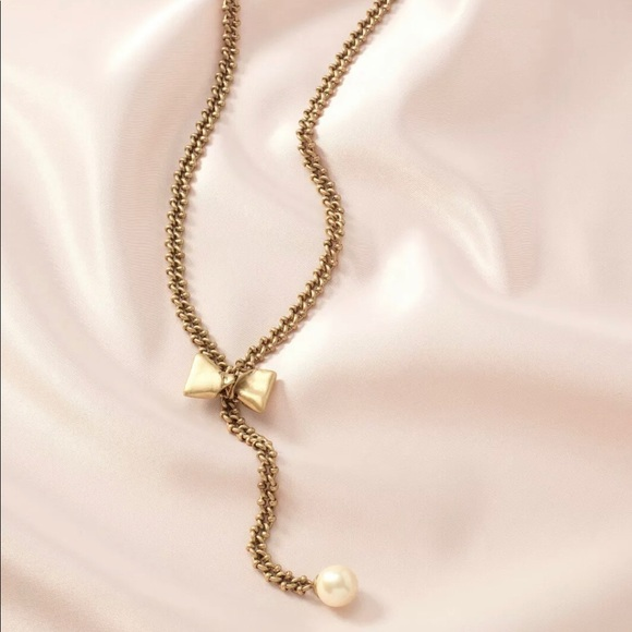 Stella & Dot Jewelry - New in box Stella & Dot The Lady Bow-Lo Necklace